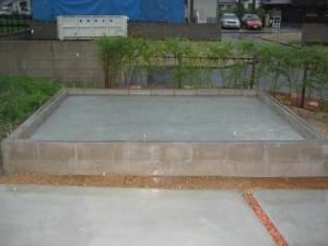 基礎プール