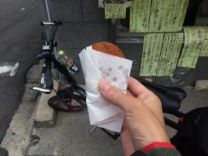 岡哲精肉店のコロッケ